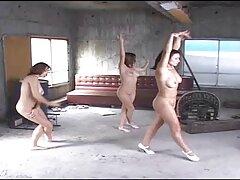 آنها در حمام رابطه جنسی دارند ، الاغ او را قرار داده و حرکت می دانلود کانال تلگرام فیلم سکس کنند