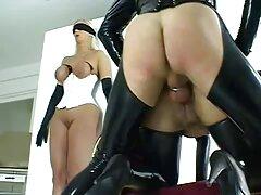 دختر از کانال تلگرامی فیلم سکس دمیدن مرد لذت می برد